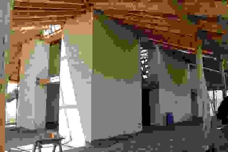 Fachada de ALIWEN arquitectura & construcción sustentable - Santiago Colonial