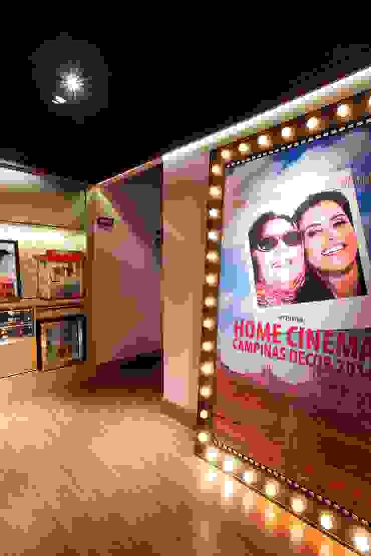 ANTE-SALA E PIPOCA HOME CINEMA Salas multimídia modernas por CM 2 CASARIN MONTEIRO ARQUITETURA & INTERIORES Moderno MDF