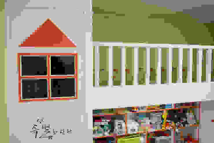 시크모던 컨셉으로 꾸며진 모노톤 인테리어 모던스타일 아이방 by 퍼스트애비뉴 모던
