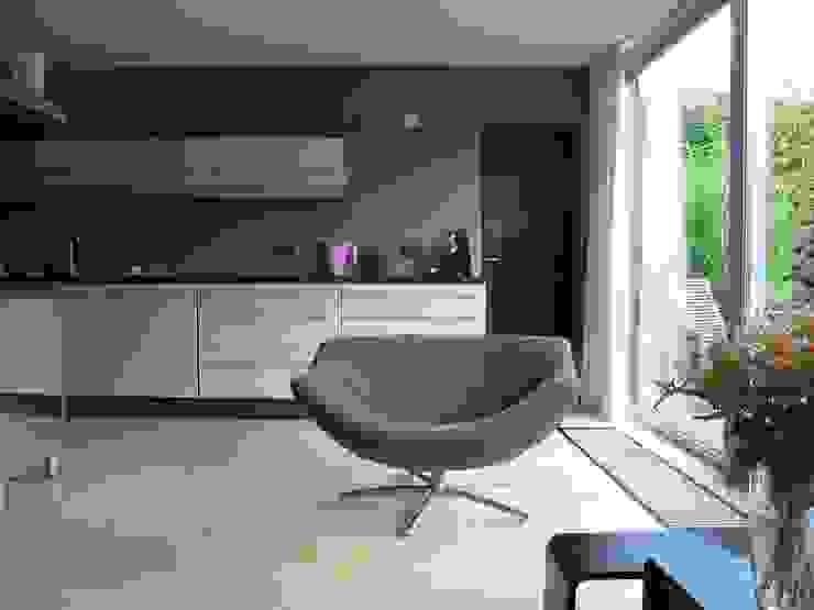 Modern Dining Room by CMOarchitect bna Modern