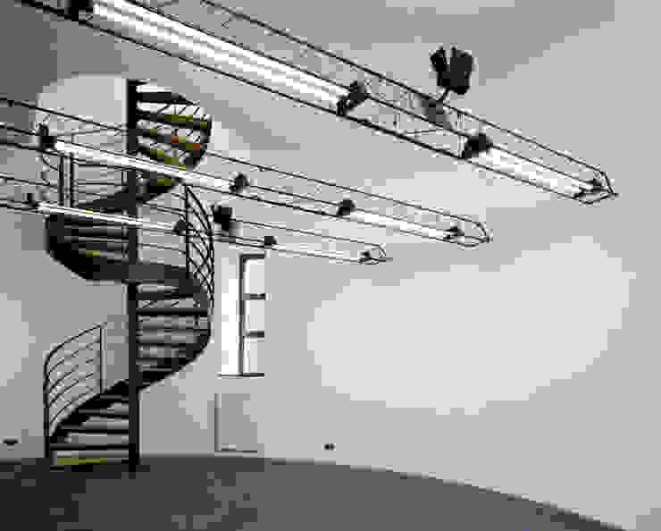 Verbouw watertoren in Utrecht Moderne studeerkamer van CMOarchitect bna Modern