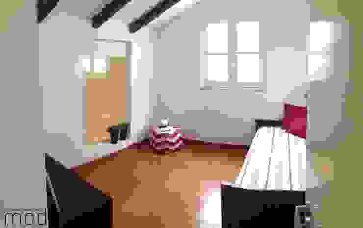 Schlafzimmer von Modo Arquitectos Associados