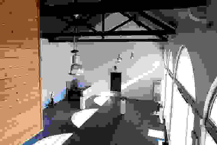 Loja da Quinta do Casal da Coelheira Locais de eventos modernos por Modo Arquitectos Associados Moderno Pedra