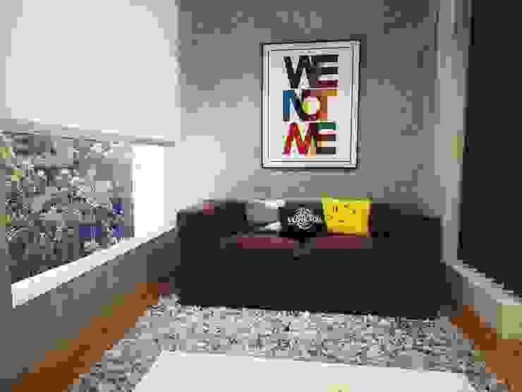 Scandinavian style media room by Kuro Design Studio Scandinavian