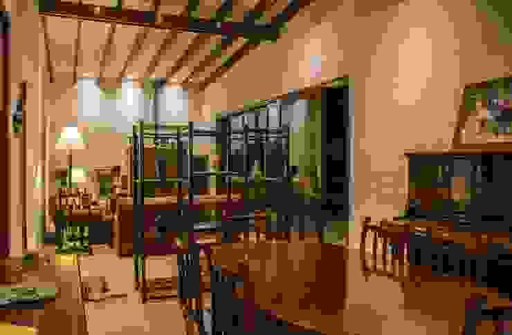 Casa de Campo. Club Ecuestre de Huachipa Comedores de estilo moderno de FURSE.arquitectura Moderno