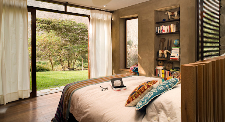 Casa Chontay Modern style bedroom by Marina Vella Arquitectura Modern