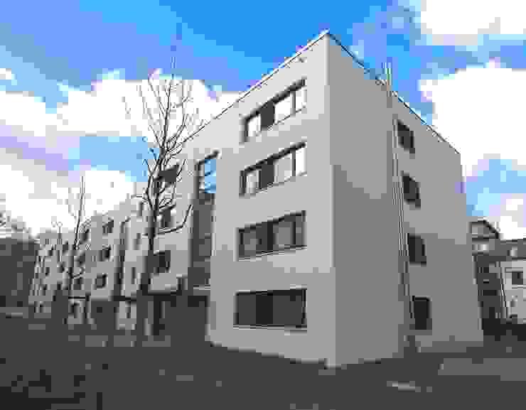 WDVS Fassade - Neubau in Hamburg Matthias Koch Malermeister Moderne Häuser Weiß