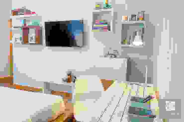Secretária Quartos modernos por Ângela Pinheiro Home Design Moderno Madeira Acabamento em madeira