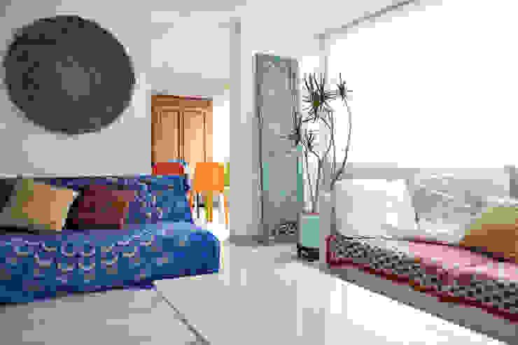 Living room by santiago dussan architecture & Interior design, Eclectic