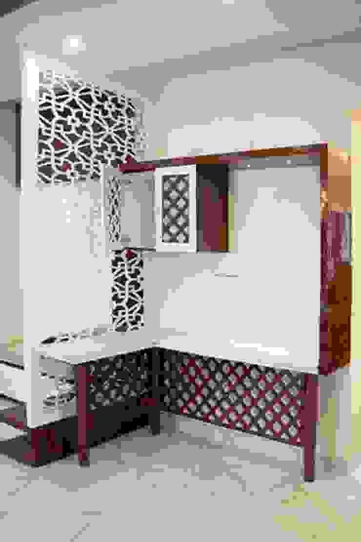 4 BHK in Bengaluru Modern wine cellar by Cee Bee Design Studio Modern