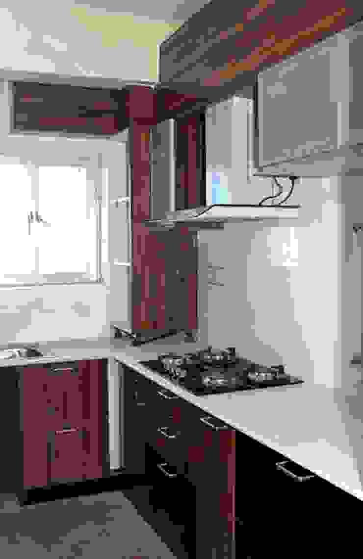 4 BHK in Bengaluru Modern kitchen by Cee Bee Design Studio Modern