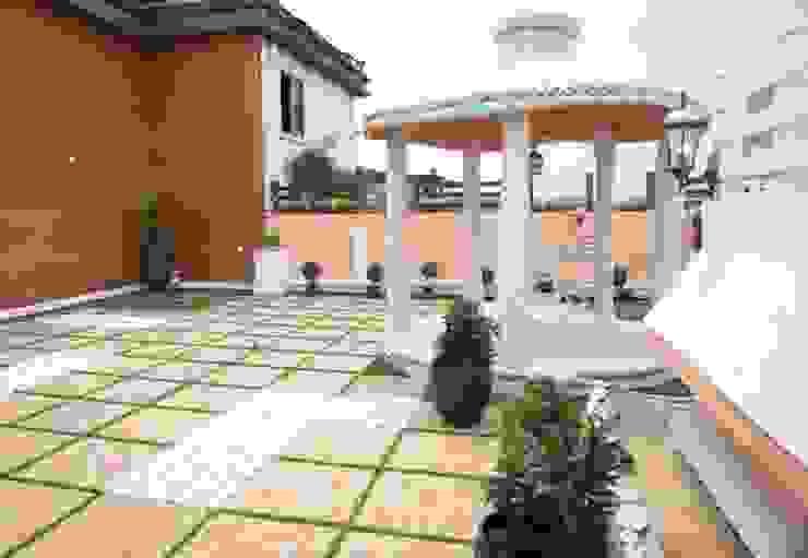 3 BHK Apartment Bengaluru:  Houses by Cee Bee Design Studio