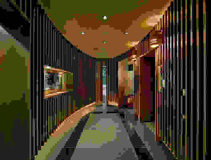 モリモトアトリエ / morimoto atelier Modern Corridor, Hallway and Staircase