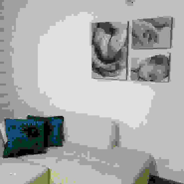 Nursery/kid's room by Cuarto de Luz: fotografía y decoración
