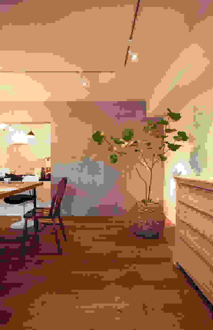 Classic style living room by 株式会社ブルースタジオ Classic