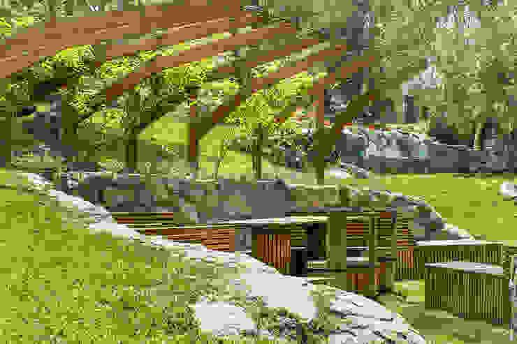 Banca Relax Modern garden by Marina Vella Arquitectura Modern