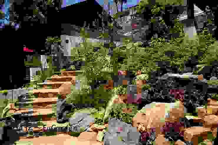 ホビットの庭 グリーンテラス & 風雅伝 モダンな庭