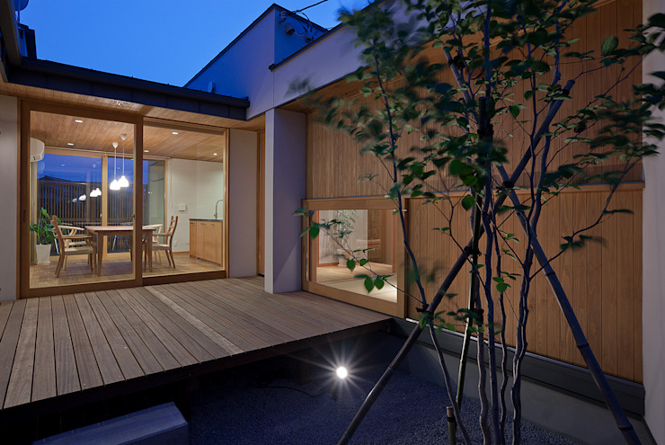 Балконы и веранды в эклектичном стиле от ATELIER N Эклектичный