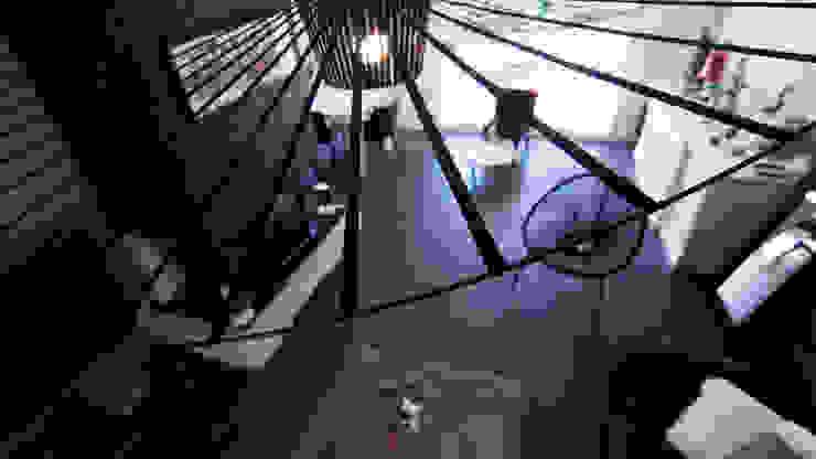 Salas de estilo moderno de E/P ESPACE DESIGN - Emilie Peyrille Moderno