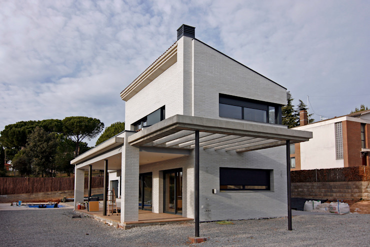 Houses by Atres Arquitectes,
