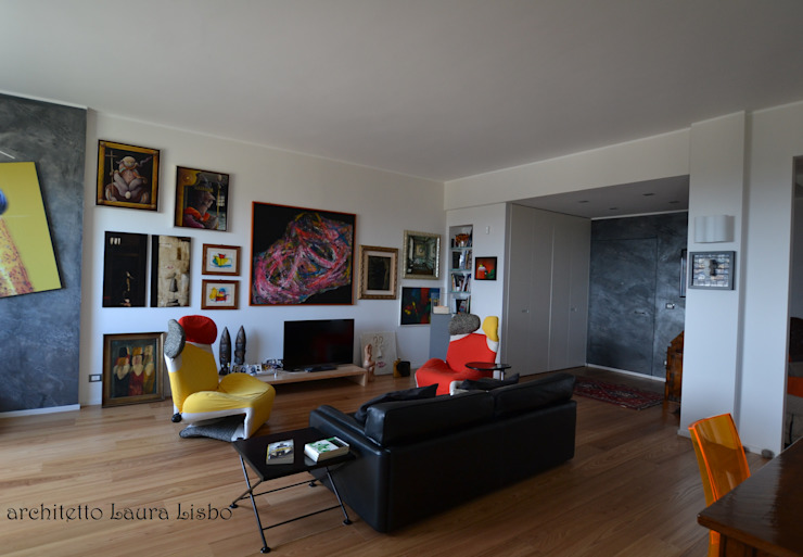 Living room by ARCHITETTO LAURA LISBO,