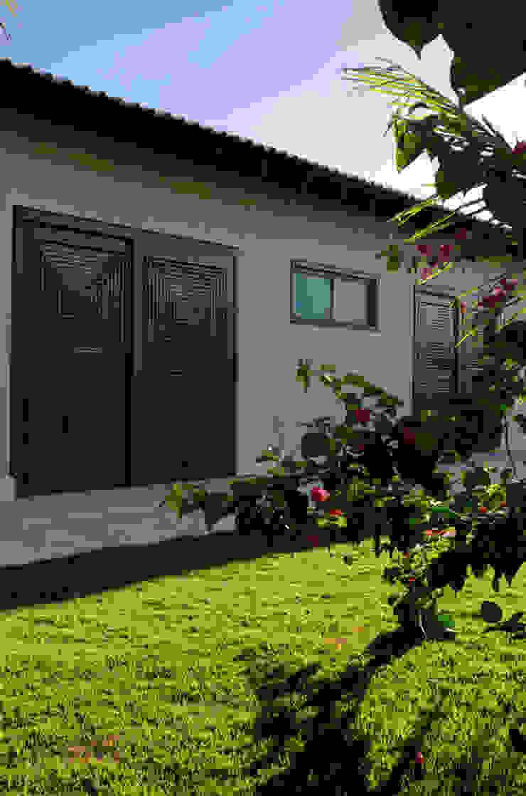 Moderne Häuser von BRAVIM ◘ RICCI ARQUITETURA Modern