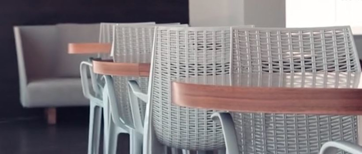 Sillas y mesas de café de DSeAl Muebles. Minimalista