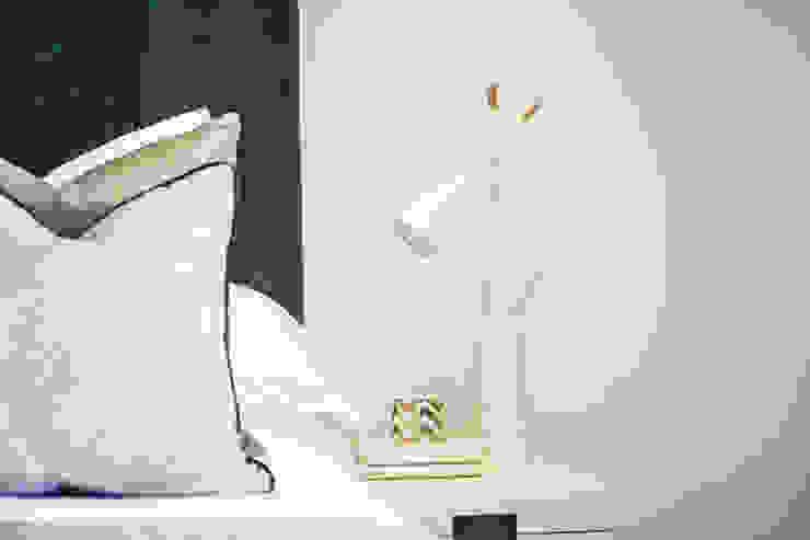 Master Bedroom Details by Studio Hooton Сучасний