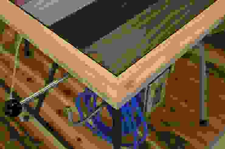 株式会社シオン Industrial style houses Solid Wood Wood effect