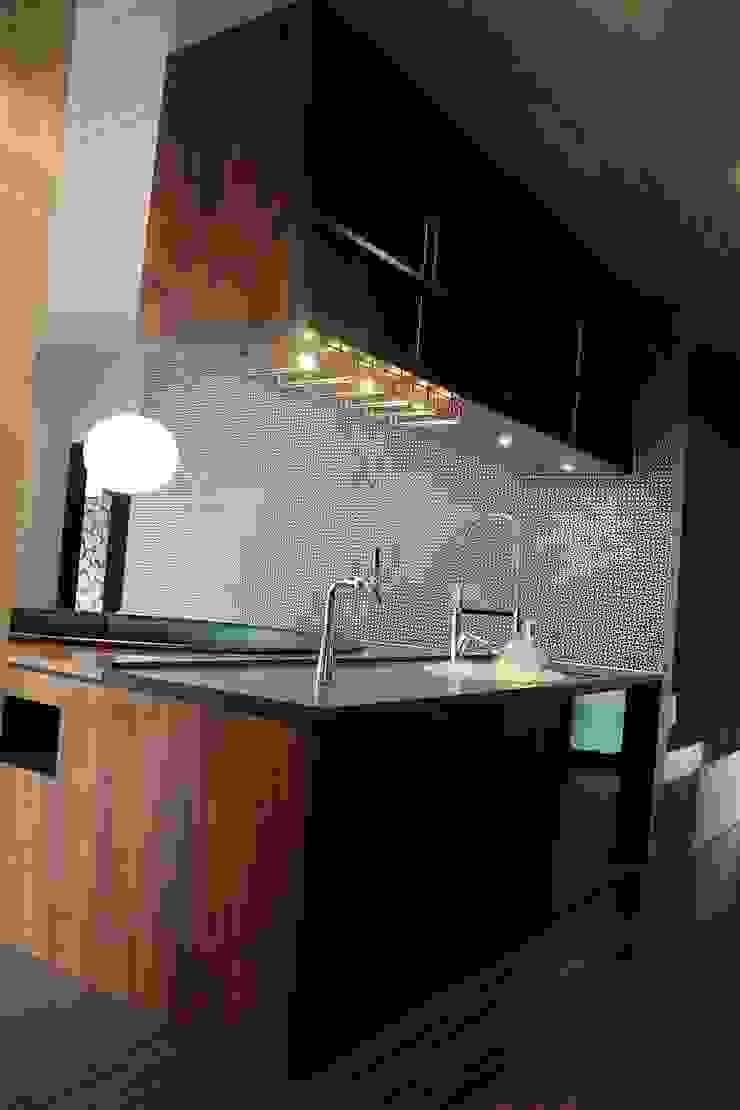 85inc. Modern Kitchen Wood Wood effect