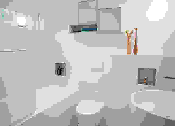 badkamer met ronde vormen Moderne badkamers van IJzersterk interieurontwerp Modern