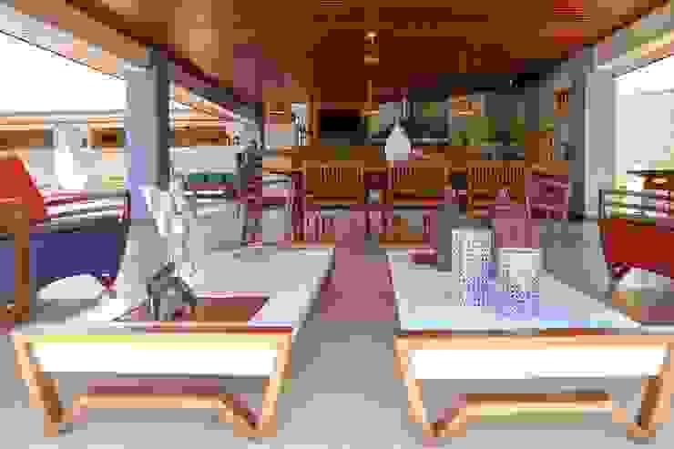 Chacara 1 Balcones y terrazas de estilo moderno de Érica Pandolfo - arquitetura / interiores Moderno