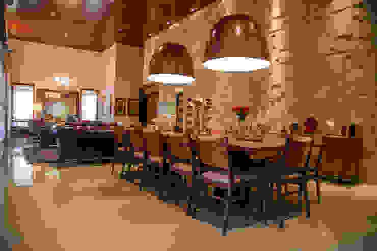 Chacara 5 Comedores de estilo moderno de Érica Pandolfo - arquitetura / interiores Moderno