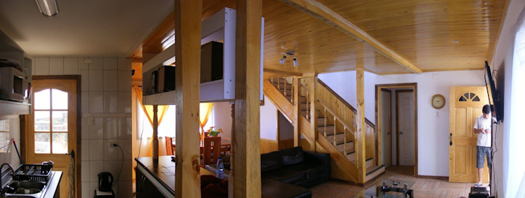 MARCELA CARRERAS – AUTO CONSTRUCCIÓN ASISITDA M25 Pasillos, vestíbulos y escaleras modernos