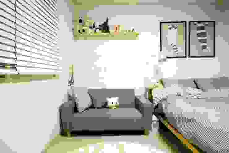 역삼동 투룸 싱글녀 홈스타일링 (Yeoksam homestyling): homelatte의  침실,