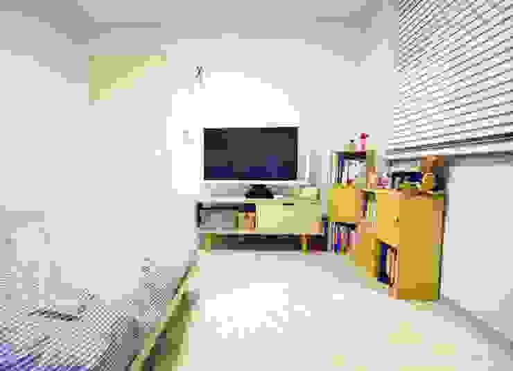 Schlafzimmer von homelatte, Modern