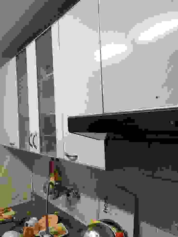역삼동 투룸 싱글녀 홈스타일링 (Yeoksam homestyling) 모던스타일 주방 by homelatte 모던