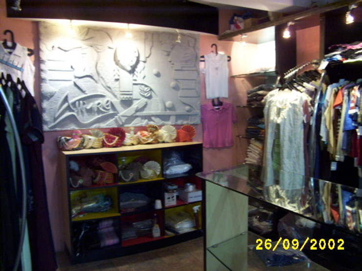 Allure Boutique IMAGE N SHAPE Modern offices & stores