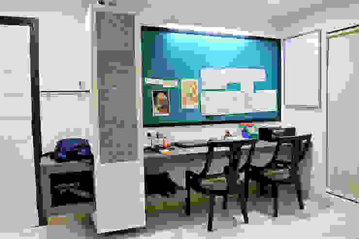 Dhiren Tharnani IMAGE N SHAPE Modern study/office