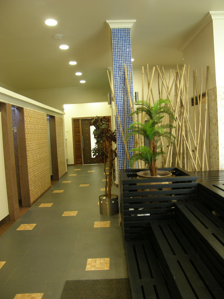 Gujarat Guardian limited IMAGE N SHAPE 現代風玄關、走廊與階梯