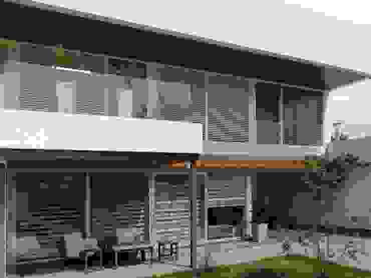 Casa Pueyrredon: Casas de estilo  por Pablo Langellotti Arquitectura