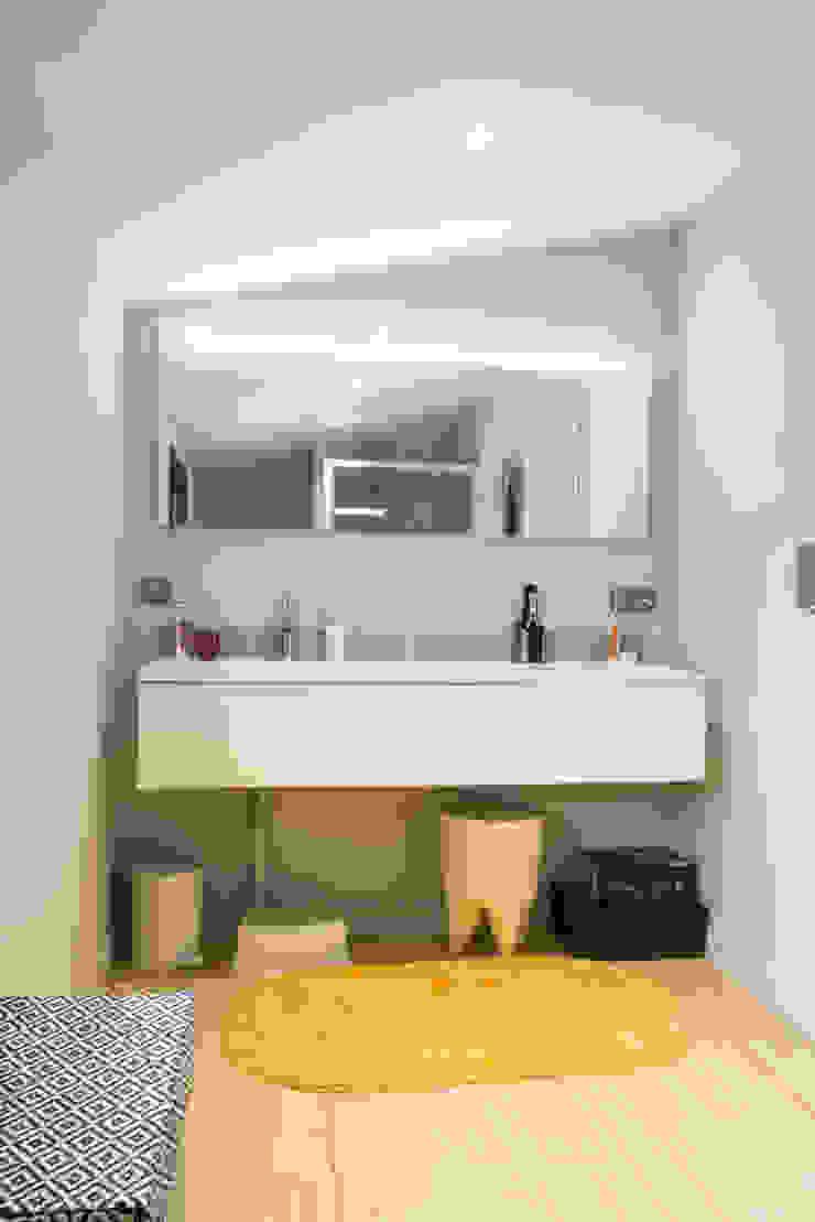 Maison à Limoges 2016 Salle de bain moderne par Jean-Paul Magy architecte d'intérieur Moderne
