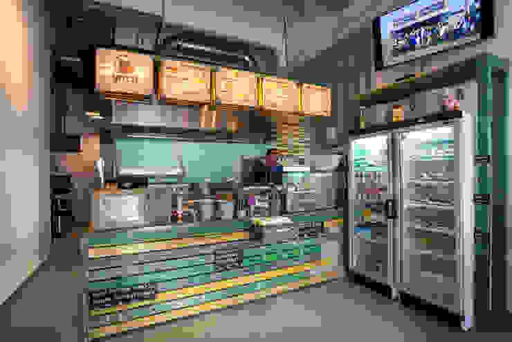 Grizzl store balie Industriële eetkamers van Studio Made By Industrieel Hout Hout