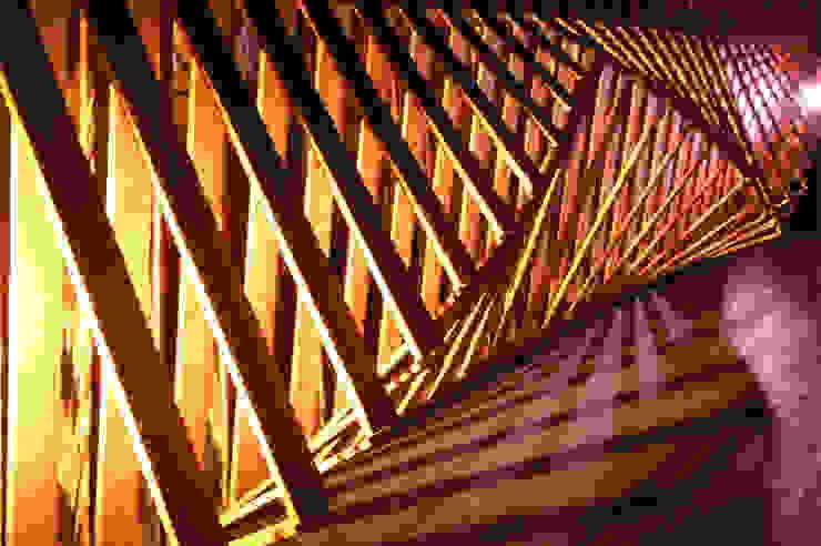 3D schutting by night: modern  door Studio Made By, Modern Hout Hout