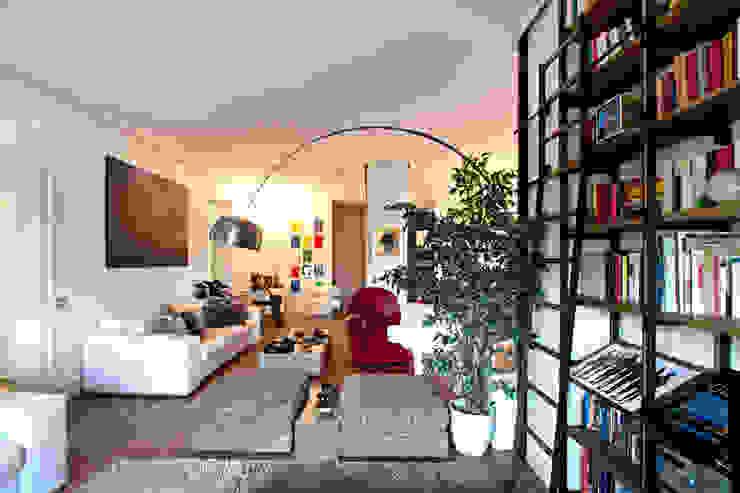 Modern Living Room by Anomia Studio Modern