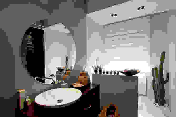 Modern Bathroom by Anomia Studio Modern