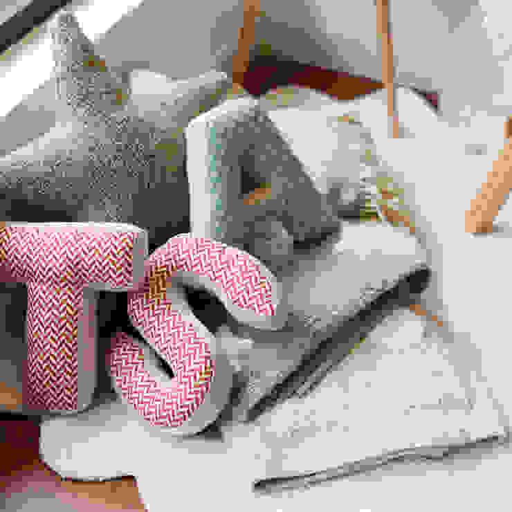 Minimalistische winkelruimten van Casas com design Minimalistisch Hout Hout
