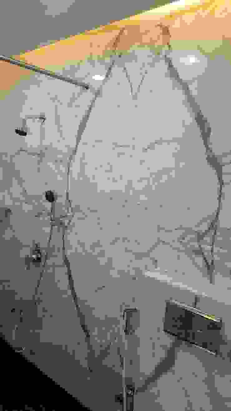 Grandfather's bathroom Ornate Projects Modern bathroom