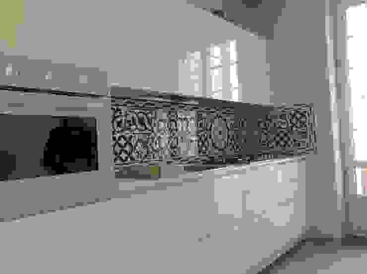 Rivestimento piastrelle Serie basic minimal per cucina moderna. CEAR Ceramiche Azzaro & Romano Srl Cucina minimalista Ceramica Verde