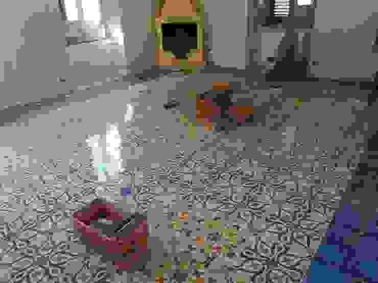 Case Private CEAR Ceramiche Azzaro & Romano Srl Pareti & Pavimenti in stile mediterraneo Ceramica Variopinto